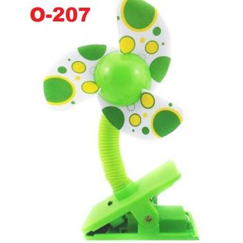 O-207: Deboo Clip-on Fan with USB Cable (Polka Dot Green) -- 36